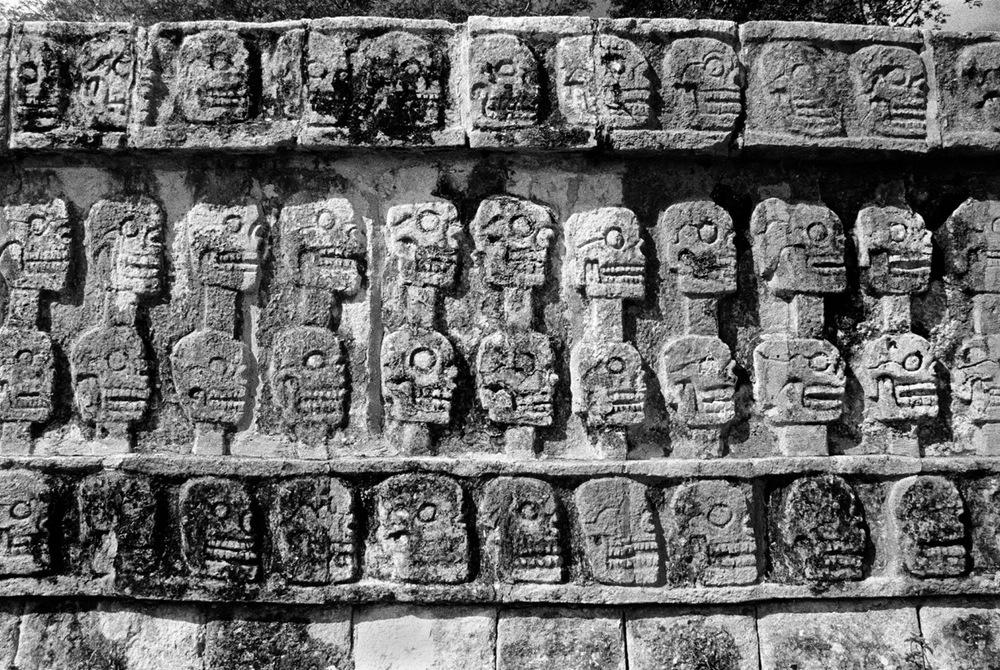 AztecSkullsRet.jpg