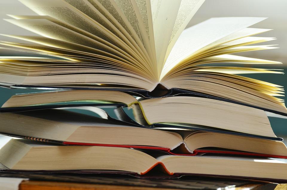böcker.jpg