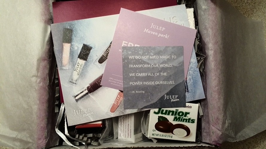 I LOVED the Junior Mints and quotation card...they were cute touches! :)