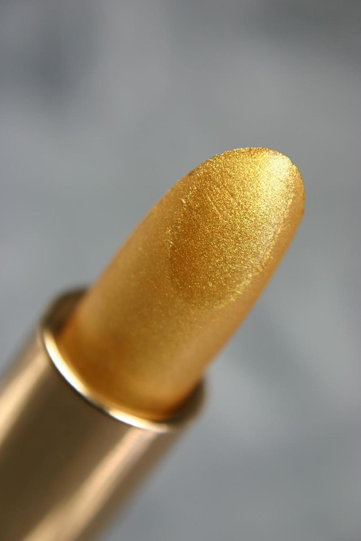 Colorona_Precious_Gold-lipstick.JPG