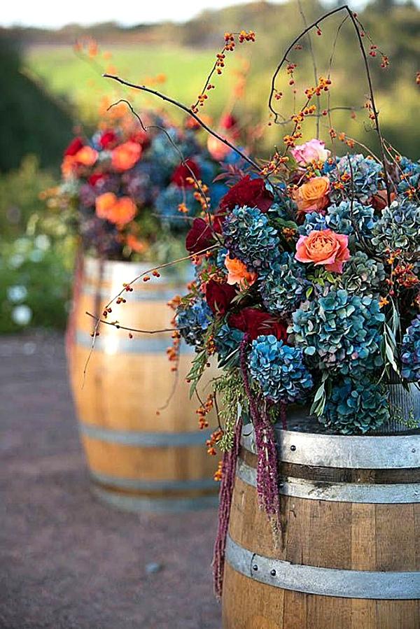 7d3b3804ca536cc22e3bdea2b4799313--blue-fall-weddings-rustic-weddings.jpg