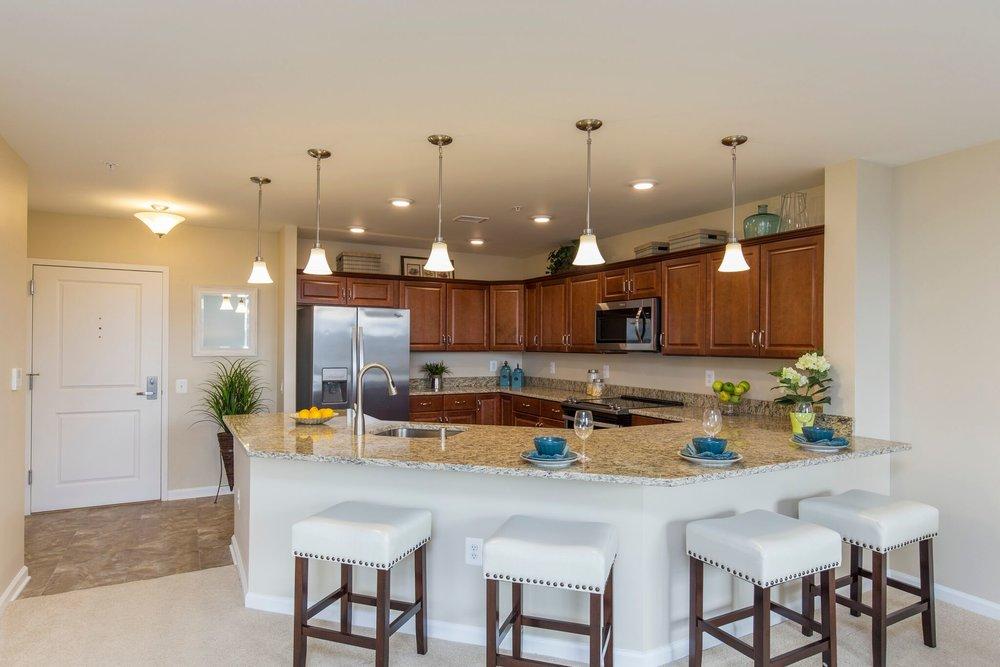 Maris Grove 318 Oak Leaf Terrace_13 Kitchen.jpeg