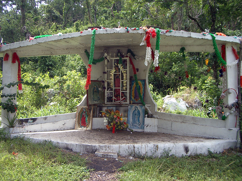Roadside Shrine, North Oaxaca, July 2004 075.jpg