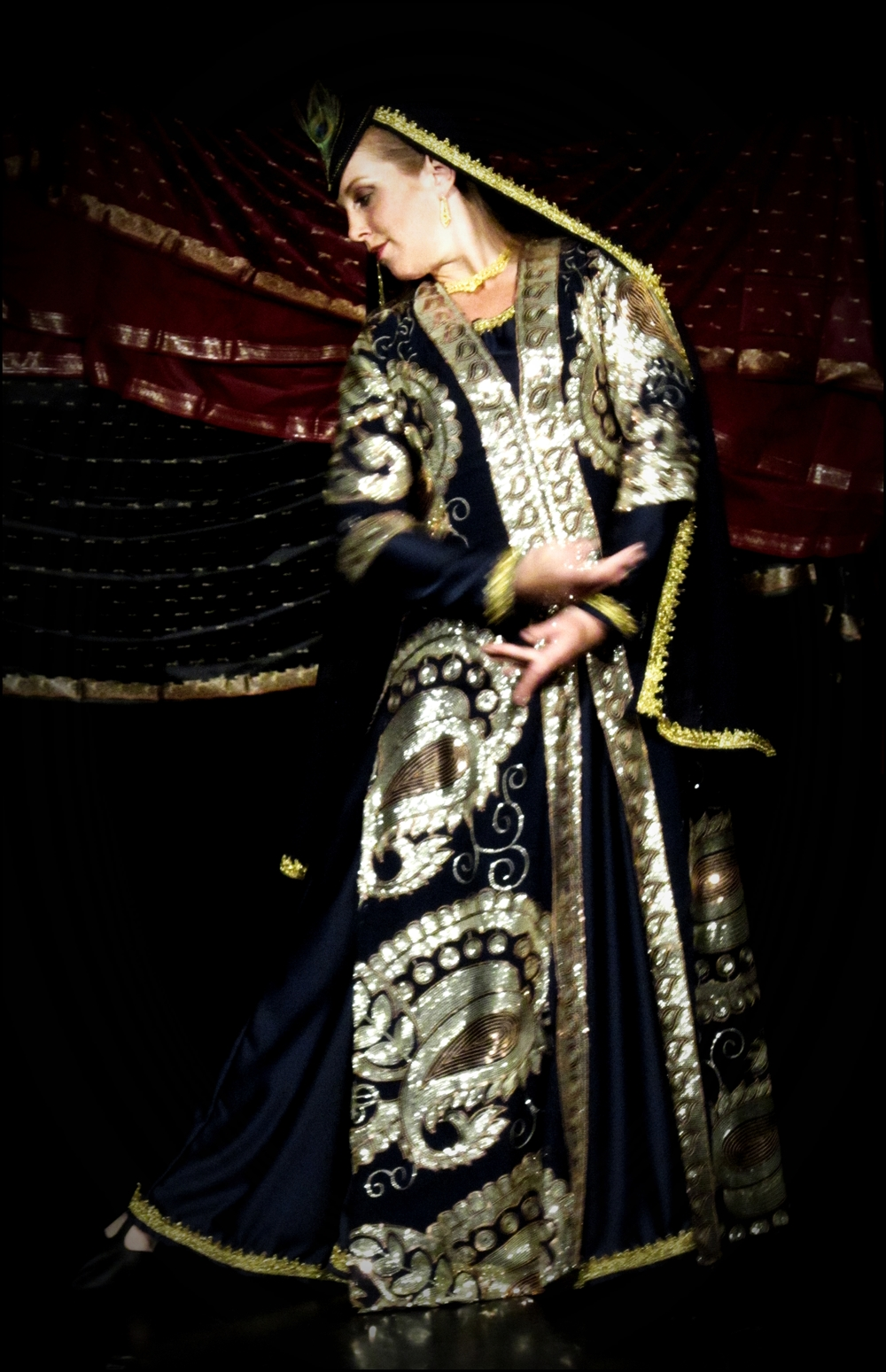 Maria Oriental - Persian Classical Dance at 1001 Dance. Uppsala, May 2013. Photo: Beryl Granström