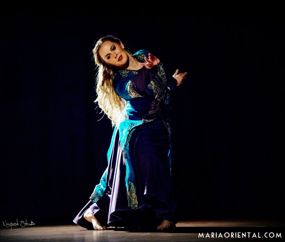 Maria Oriental - Persian Classical Dance at  1001 Moves  in Barcelona, organised by Helia Bandeh. April 2017.  Photo: Naqash Studio.