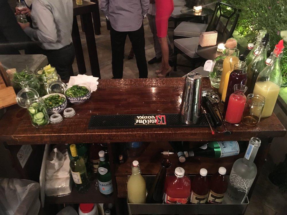 Mobile Bar Craft Cocktails
