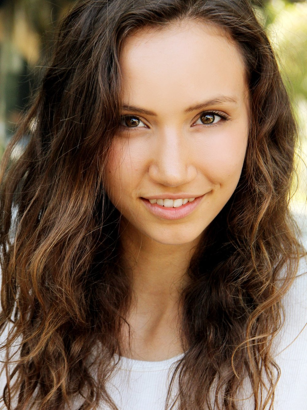 Aja - Height: 5'9Origin: PortlandBio: Friendly model/ actress with a passion in Yoga & Dancing.