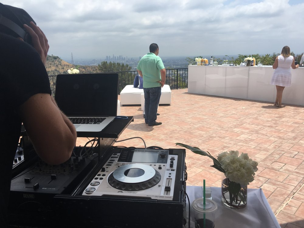 Dj for hire los angeles 2.JPG