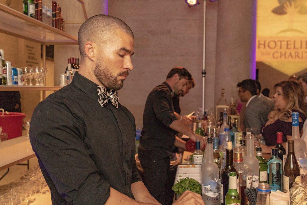 Busy bar, guests having fun!