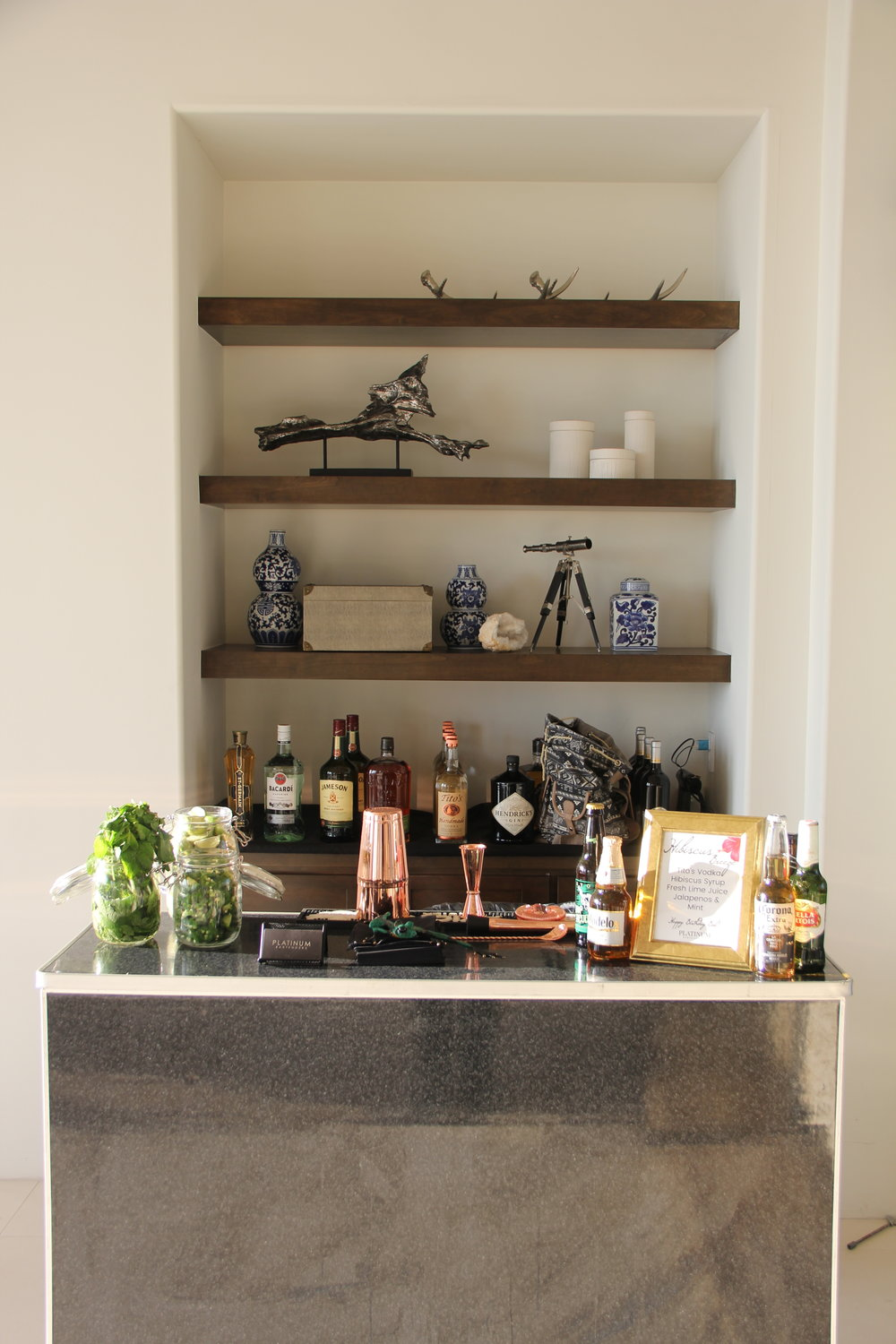 Our 4'ft mobile bar in a private party in Malibu!