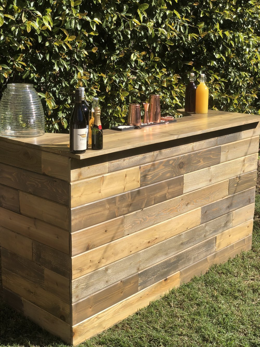 Due to demand we just add this beautiful 6'ft wooden bar! Rent yours now!