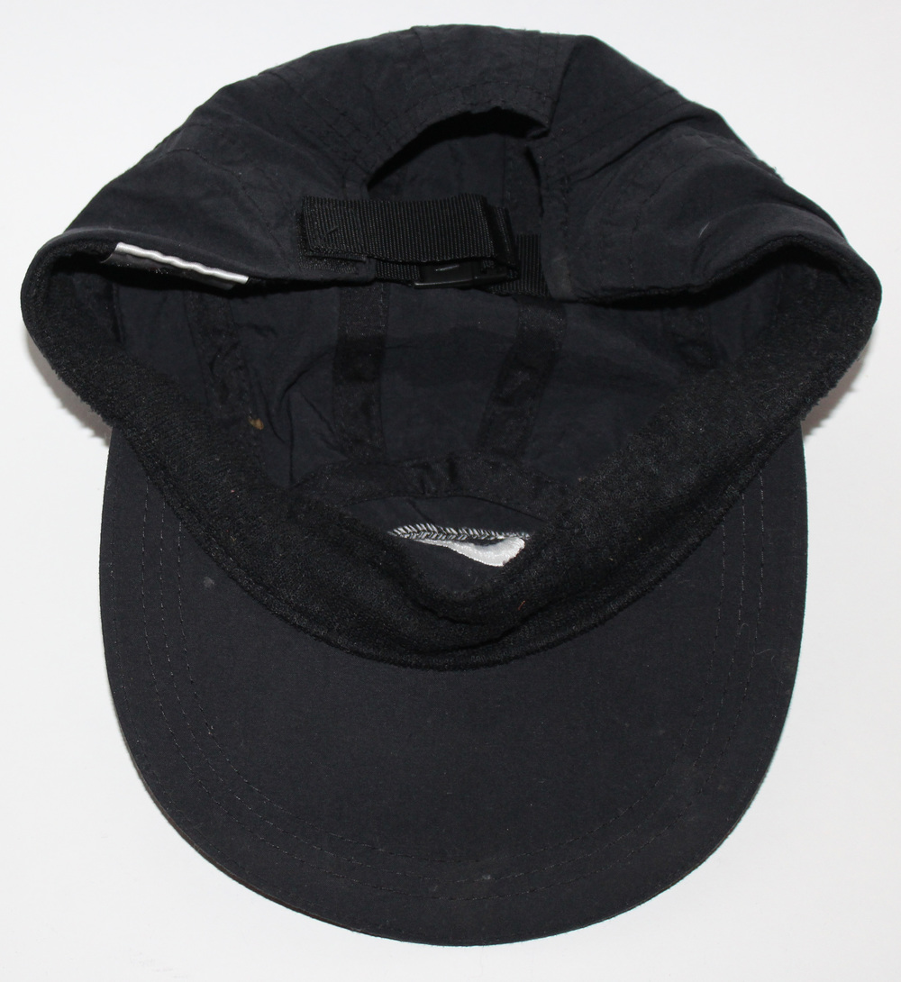 eecc8f2cf3a Vintage Nike 6 Panel Running Black Hat — Roots