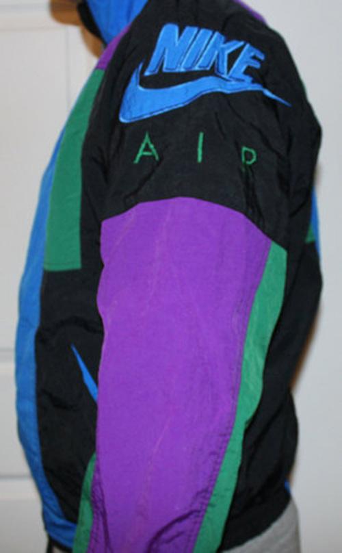 d53158752061 Vintage Nike Air Logo 1992 Aqua Windbreaker (Size M) — Roots