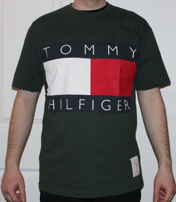 Vintage tommy hilfiger big logo forest green t shirt size for Tommy hilfiger shirt size