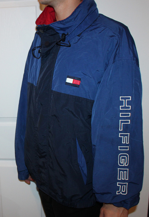 83813956 Vintage Tommy Hilfiger Blue Spell-Out Windbreaker (Size XL) — Roots