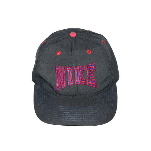c9626d89edb Vintage Nike Black   Red   Blue Snapback. Nike Embroidered Logo Snapback 1  .jpg