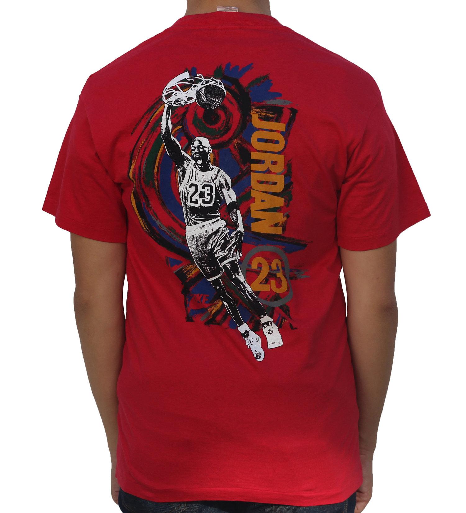 competitive price 6137e 8ffce Vintage Nike Air Jordan VI 6 Carmine OG Dunking T Shirt (Size L) — Roots
