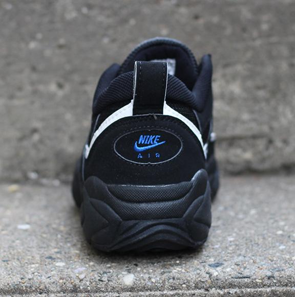 super popular 3bf30 efe83 Nike Air Lambaste Black  Royal DS — Roots