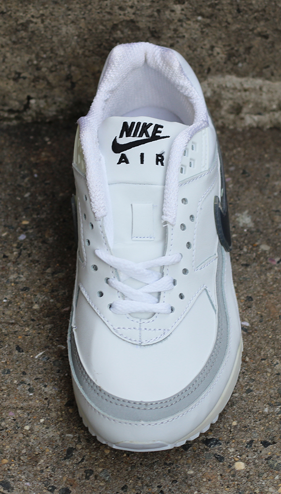 705546551 Kids Nike Air Classic BW Leather White  Black   Silver (Size 6) DS — Roots