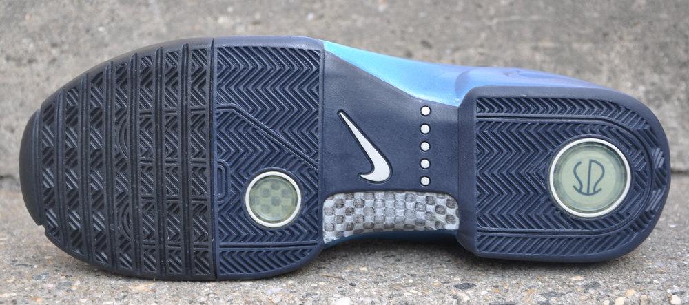 huge selection of 6ee6e 1c03c Nike Air Flightposite KG Black   Obsidian   Orion Blue (Size 11.5) DS —  Roots