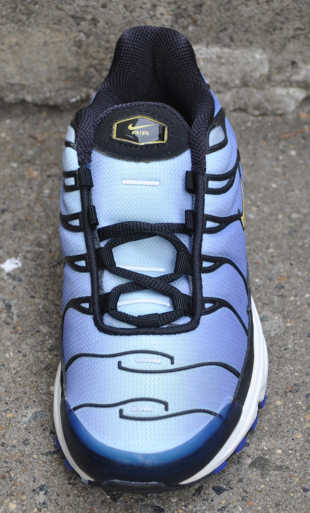 694d1bcd86 Kids Nike Air Max Plus TN Hyper Blue DS — Roots