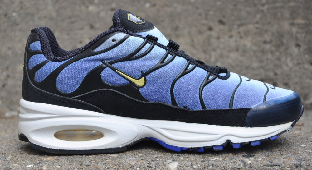 e3cc217208 ... kids nike air max plus hyper blue ...