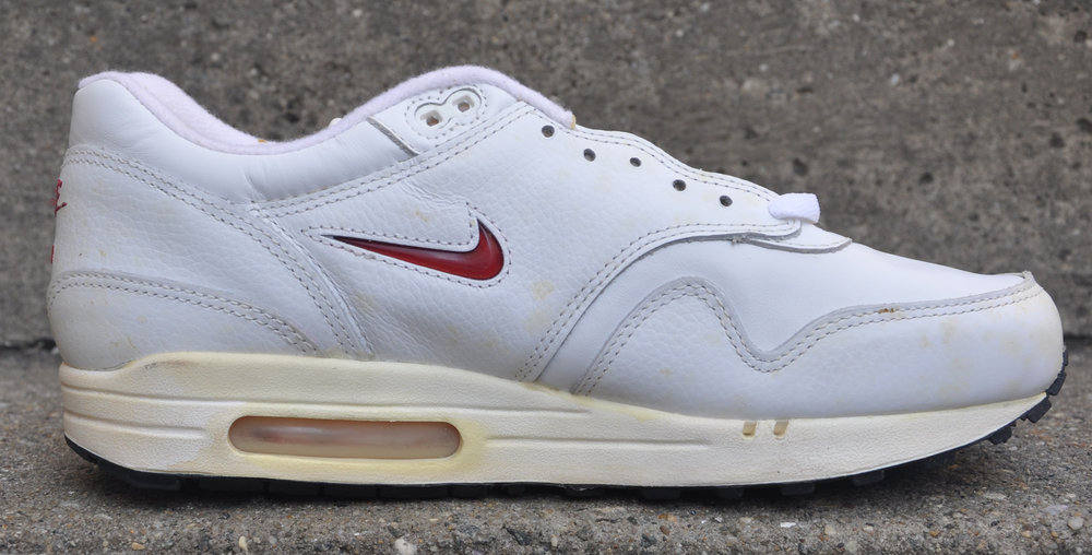 official photos 36446 8e1ec Nike Air Max 1 Leather SC white and red Jewel
