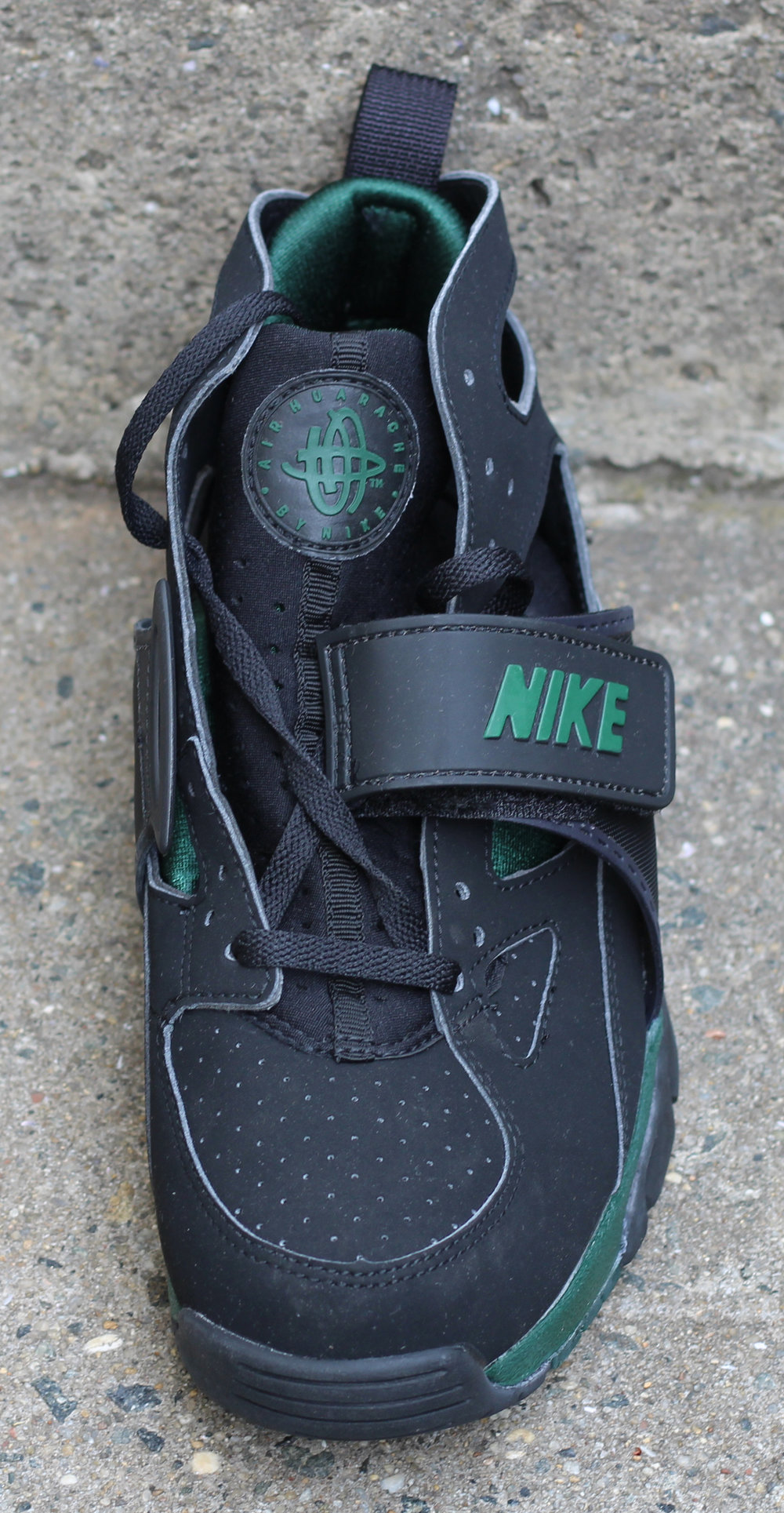 2bdc2f4c9d73 ... czech front of nike huarache trainer forest 1c7f4 52314