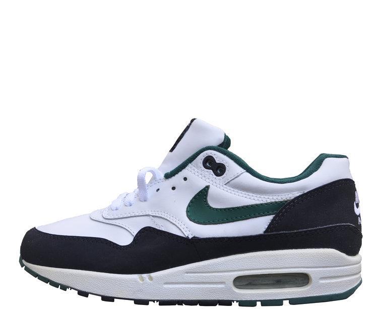 new concept f1e87 daa35 Nike Air Max 1 White, black. and green
