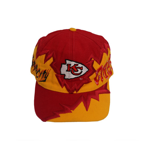 b3a5c82ff019d3 Vintage 90s Clutch Kansas City Chiefs Crazy printed snapback cap