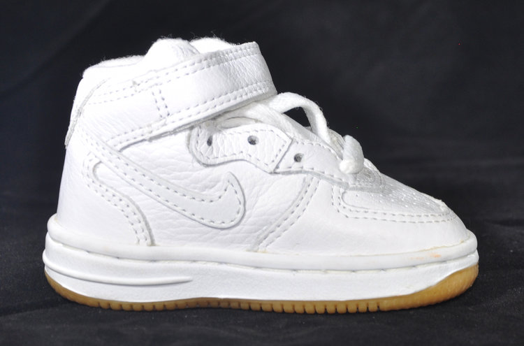 2d89253f04 Baby Nike Air Force 1 Mid NYC White / Gum DS — Roots