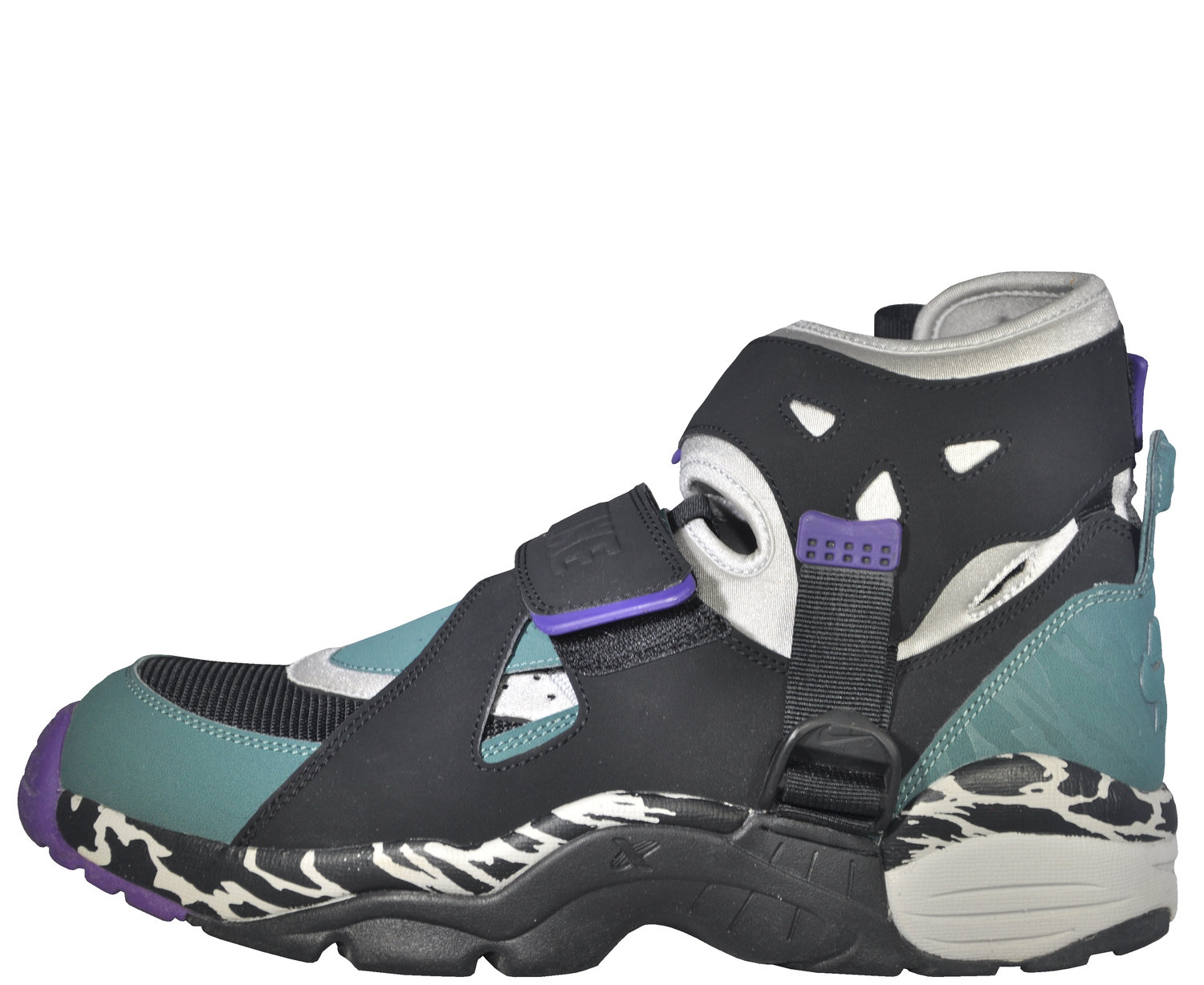 buy popular 74712 0ef7a Nike Air Carnivore Zen Grey   Black   Green (Size 10) — Roots
