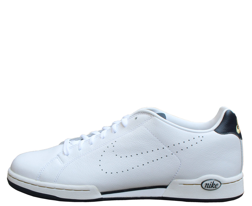 fd1f31b5983 Nike Advantage Classic White   Navy (Size 10) DS — Roots
