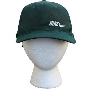c0ef8c2a01e Vintage 90s Nike Simple logo forest green hat.