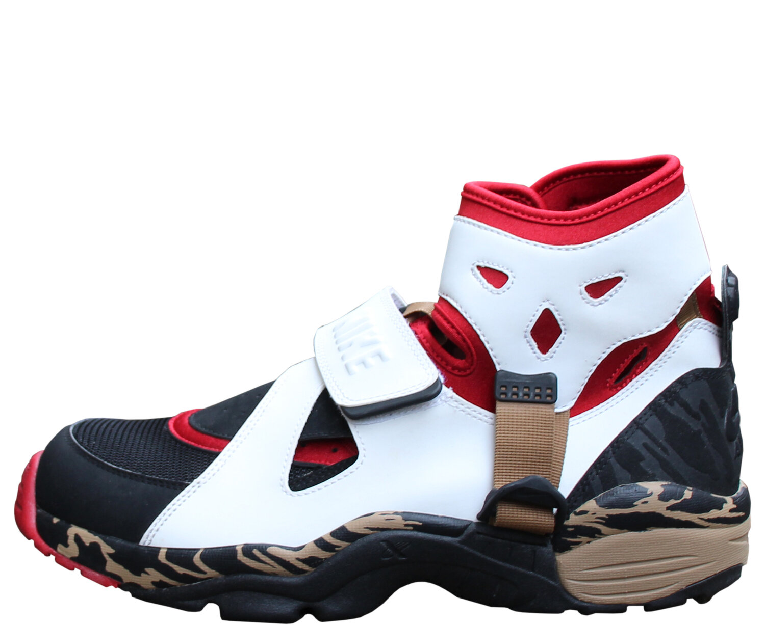 regimiento Gladys barricada  Nike Air Carnivore Varsity Red / White / Black (Size 11) DS — Roots