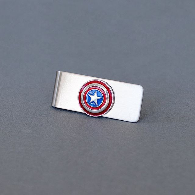 Still shopping for Father's Day? We Cufflinks, Tie Accessories, Cufflinks and Money Clips for Dad! 👨‍💼 • #skeltonstreasures #fathersday #fathersdaygifts #moneyclip #superherofathersday #superherodad #captainamerica #captainamericagift #superherowedding #groomsmengift #groomsmen #weddinggifts #giftsfordad #mensaccessories #tieaccessories #mensfashion #cufflinks #superherocufflinks