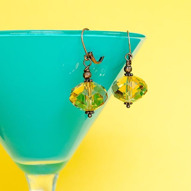 Our Czech Glass Yellow Earrings are a must sunny, Summer days! ☀️ • #skeltonstreasures #czechglass #yellowearrings #summerearrings #summerjewelry #handcraftedjewelry #handcraftedearrings #handmadeearrings #handmadejewelry #summersale