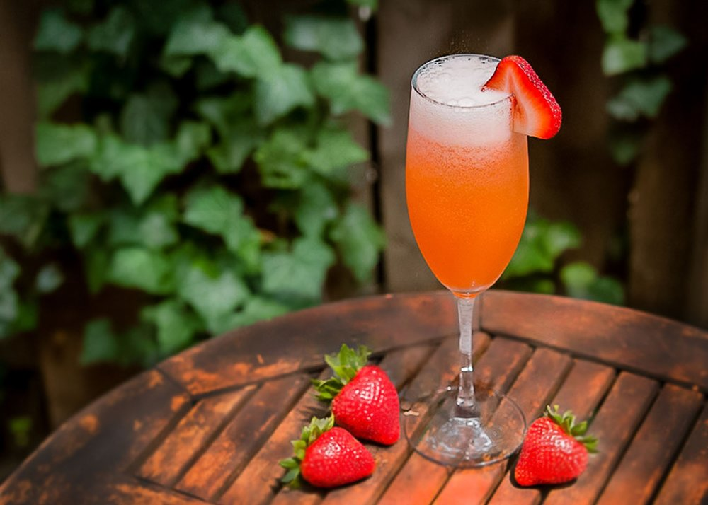 Sparkling Strawberry Cocktail.jpg
