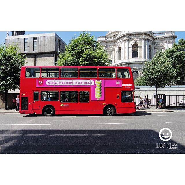 Double Decker . . #britishmuseum #doubledeckerbus #london #england #unitedkingdom #uk #britain #greatbritain #british #westminster #westminsterabbey #windsor #victoria #vancouver #atlanta #brentwood #euro #europe #english #losfizz #pentaxk3 #buckinghampalace #londonbridge #bigben #elizabethtower #rosettastone #leadenhall #harrypotter #leadenhallmarket