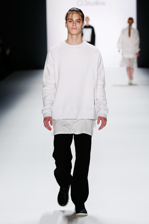 aw-2016_mercedes-benz-fashion-week-berlin_DE_0014_odeur_60904.jpg