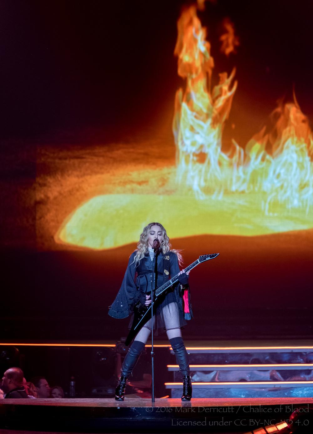 Madonna - 30.jpg