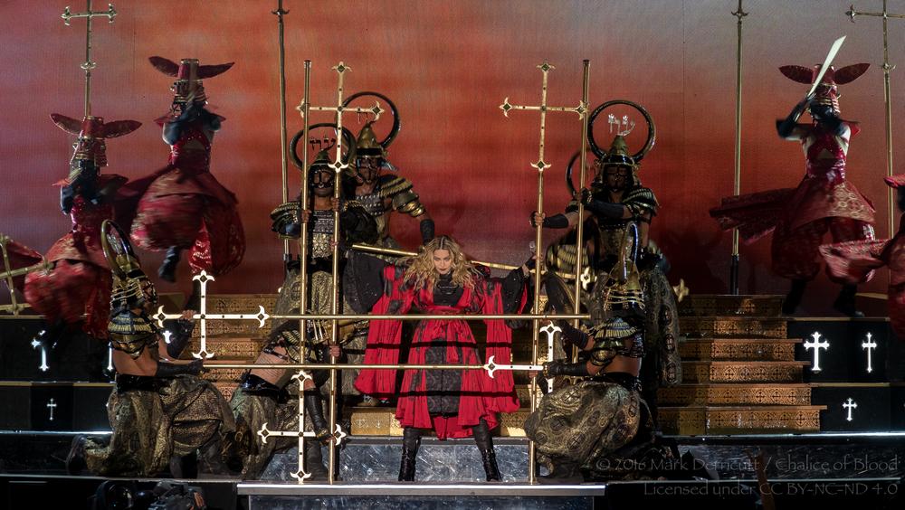 Madonna - 15.jpg