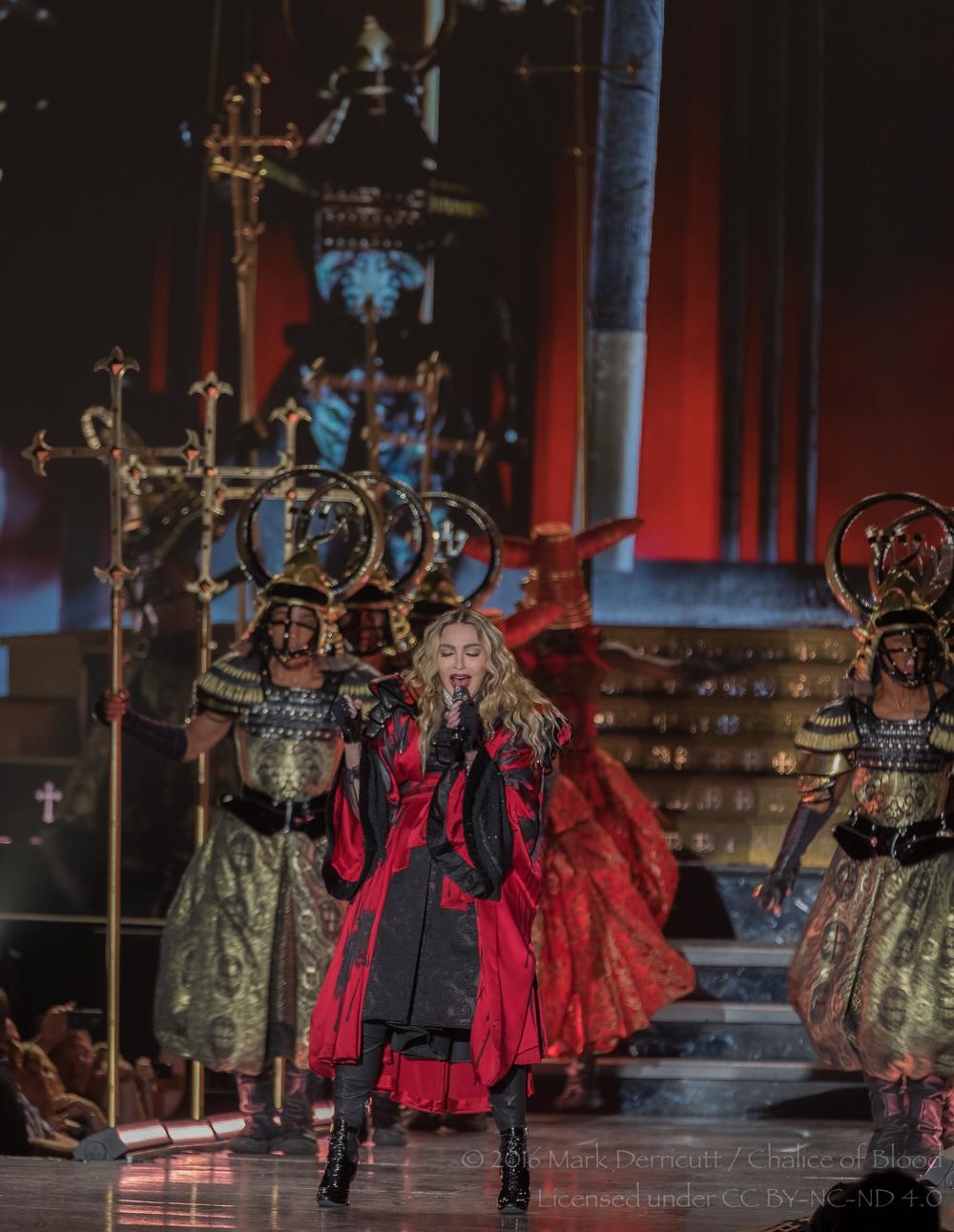 Madonna - 14.jpg