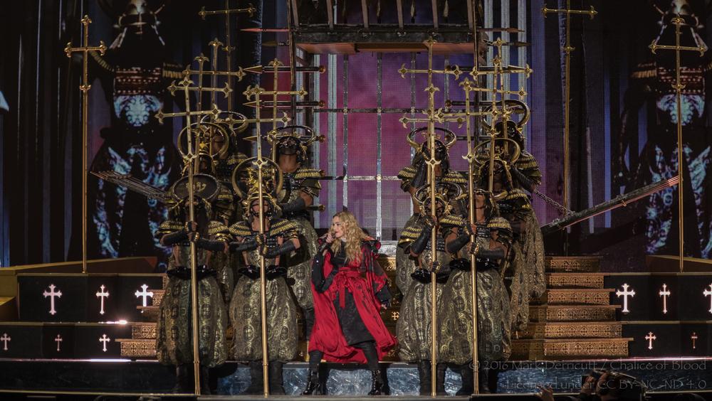 Madonna - 10.jpg