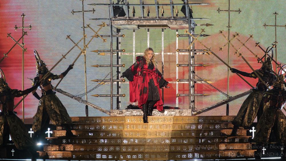 Madonna - 7.jpg