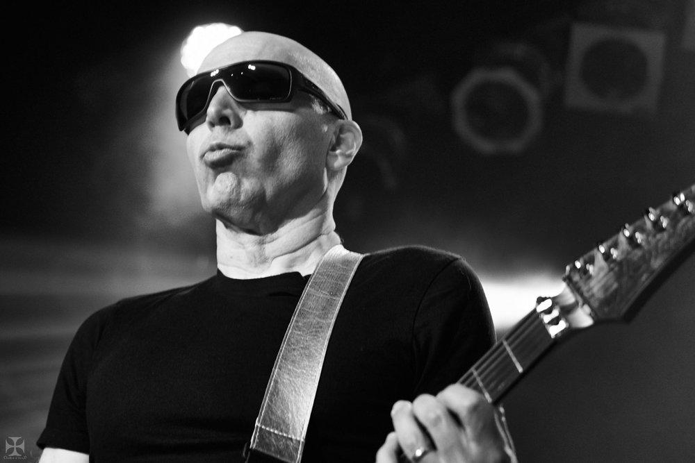 2018.12.04 Joe Satriani - DSCF6898_branded.jpg