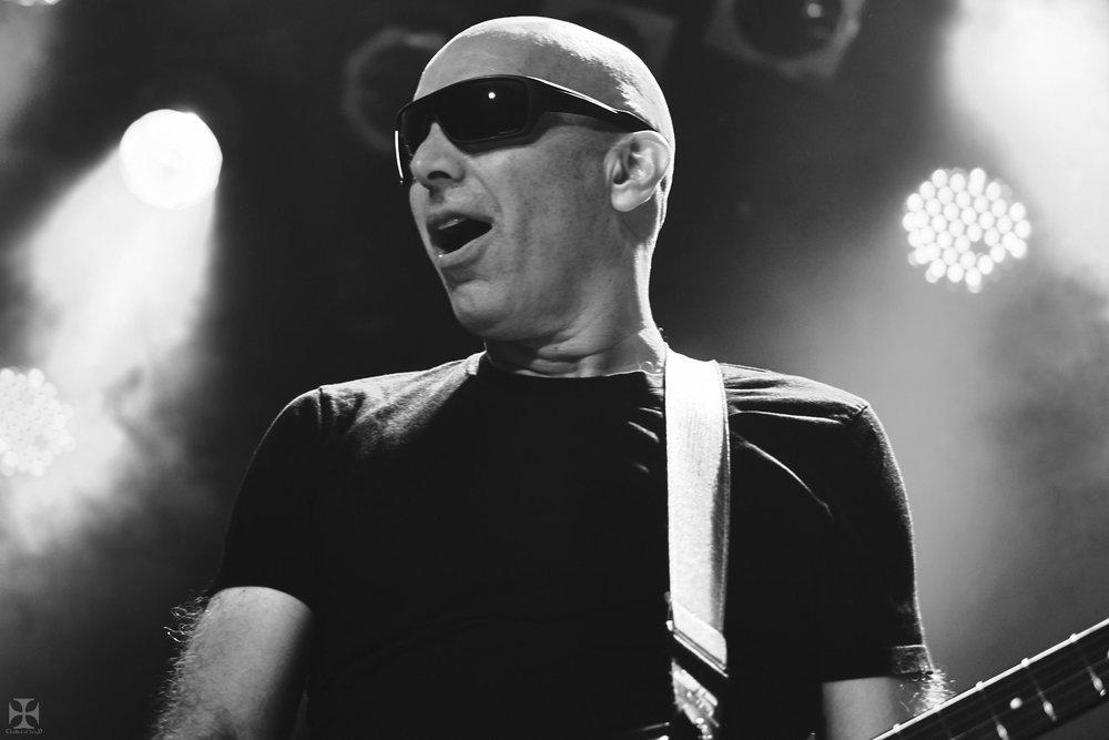 2018.12.04 Joe Satriani - DSCF6942_branded.jpg