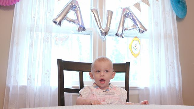 The experience of her first piece of cake on her first birthday left Ava in awe. I too am left in awe by baked goods Ava. You are my daughter. ❤️❤️❤️❤️