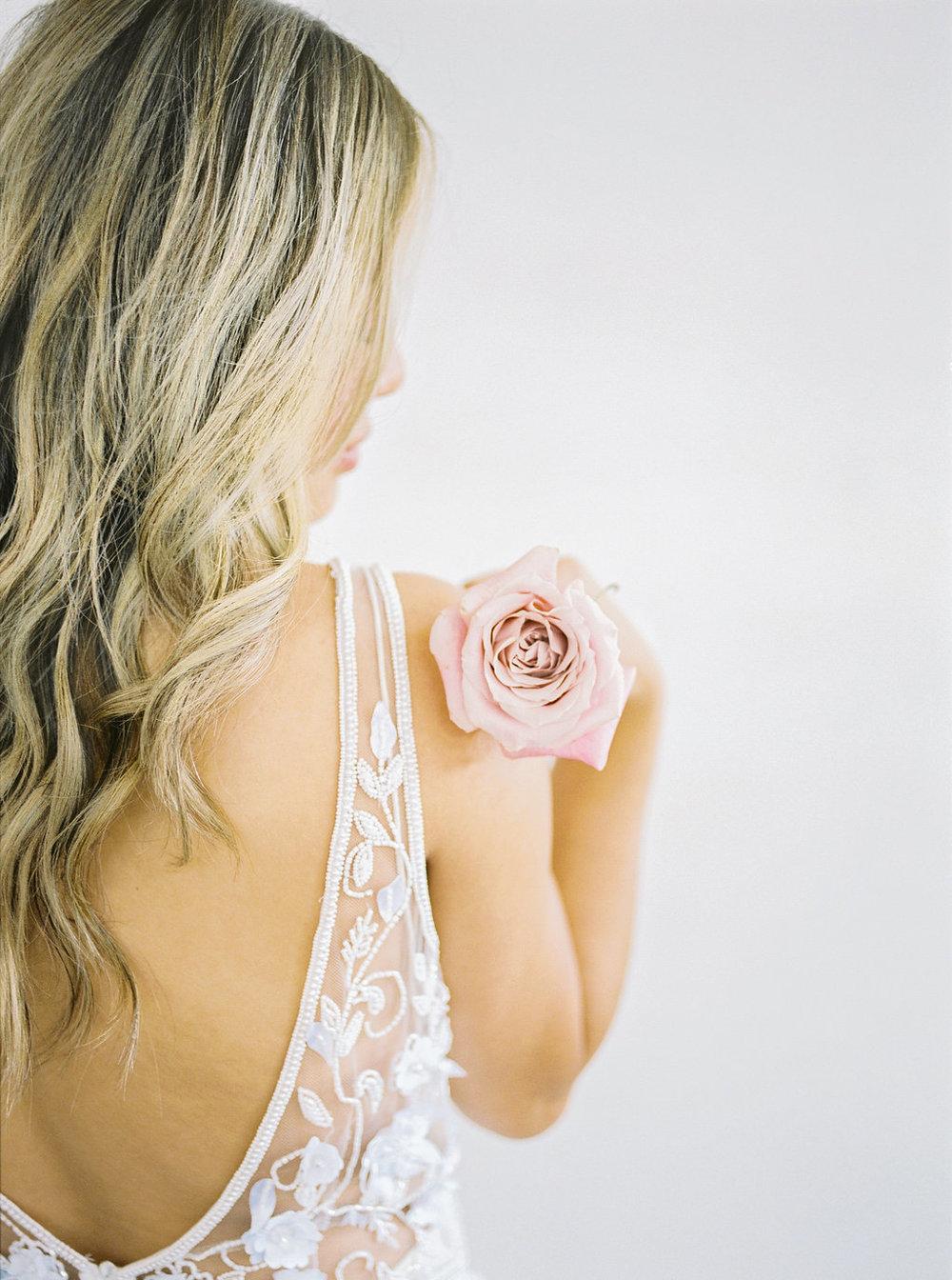FloralBrickEditorialNatalieSchuttPhotography-35.JPG