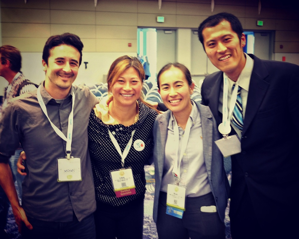 Me hanging with friends:  Lilian,  Maiko Morotani  (our partner for our  Hawaii class this Oct ) and Tetsuya Kunihiro who traveled all the way from Japan!